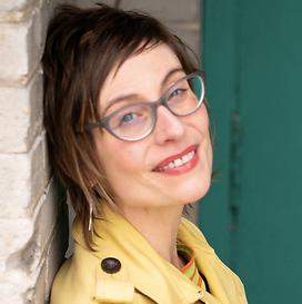 Annie Menzel headshot